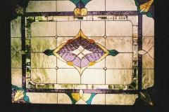Geometric design using textured glass